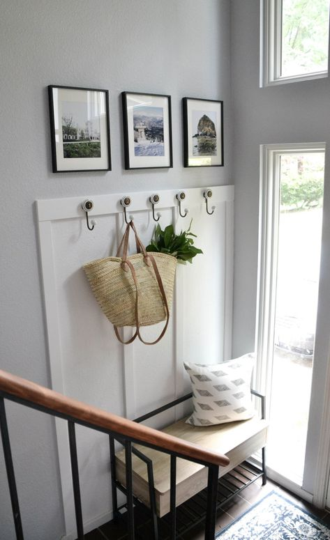 Small split-level entry with bench and hooks. Split Foyer Entry, Split Level Entryway, Entry Foyer, Entryway Decor, Entry Level, Small Entry Decor, Entrance Hall, Split Entry Remodel, Split Level Remodel