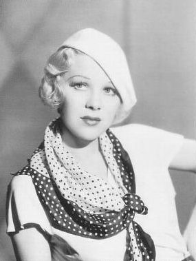 """""""400 words in 40 seconds"""" was the official Warner Brothers line for Glenda Farrell. Being similarly afflicted, I adore her."""