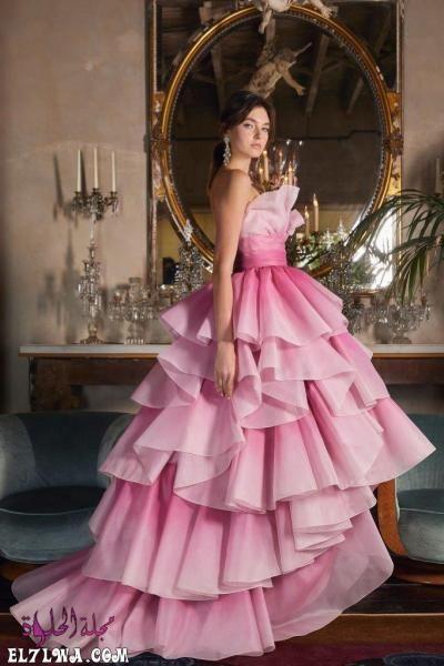اجمل فساتين سهرة 2021 موديلات فساتين سهرة موضة 2021 قد م المصممون مجموعة من أجمل فساتين سهرة لعام ٢٠٢١ مزينة بالترتر والخامات ا Gowns Pink Gowns Fancy Dresses
