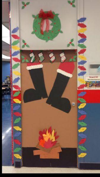 Lavoretti Di Natale Per Addobbare L Aula.Porte Addobbate Per Natale Porte Porta Aula Natale