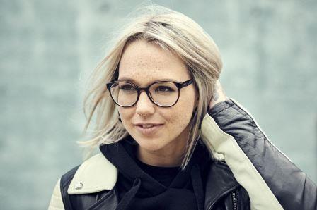 Stefanie Heinzmann Vorhang Auf Fur 2020 In 2020 Mit Bildern Stefanie Heinzmann Promi News Musik