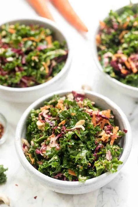 This AMAZING Asian Kale Quinoa Salad has tons of colorful veggies and a delicious sesame-miso dressing! [vegan & gf] #kalesalad #kale #asiansalad #quinoa #quinoasalad #simplyquinoa