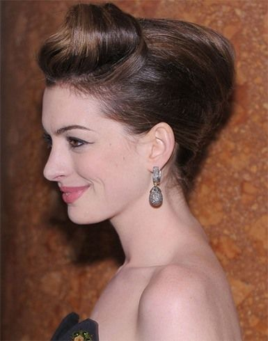 Anne Hathaway Hairstyles That Can Be Easily Replicated Anne Hathaway Hairstyles That Can Be Easily Repl Anne Hathaway Frisur Haar Styling Anne Hathaway