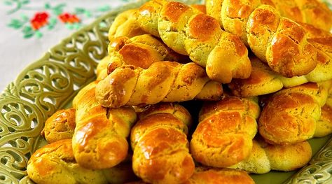 Ioanna's Notebook - Greek Easter Cookies (koulourakia)