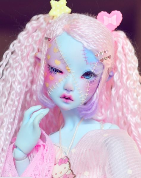 Custom Monster High Dolls, Custom Dolls, Pretty Dolls, Beautiful Dolls, Pretty Art, Cute Art, Doll Painting, Smart Doll, Anime Dolls
