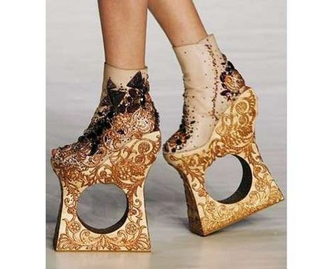 Google Image Result for http://www.worldamazingdiary.com/wp-content/uploads/2012/02/most-unusual-shoes-design-.10.jpg