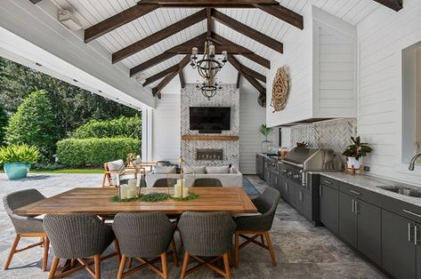 """Discover more relevant information on """"outdoor kitchen designs layout patio"""". Have a look at our internet site. Backyard Kitchen, Outdoor Kitchen Design, Modern Kitchen Design, Kitchen Designs, Patio Dining, Outdoor Dining, Outdoor Decor, Outdoor Bars, Dining Tables"""
