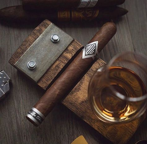 This Cigar and Glencairn Whiskey Glass Holder is handmade in the USA from a reclaimed whiskey barrel stave. It's the perfect way to pair your favorite cigar with a dram whiskey. Whiskey Glasses, Cigars And Whiskey, Pipes And Cigars, Cuban Cigars, Cigar Shops, Cigar Bar, Cigar Ashtray, Cigar Humidor, Cigar Holder