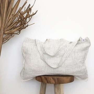 The Weekender Linen Tote - STRIPED – onefinesunday co Linen Bag, Linen Fabric, My Style Bags, Pink Mossy Oak, Best Tote Bags, Under Armour Sweatshirts, Camo Purse, Tote Bags Handmade, Textiles