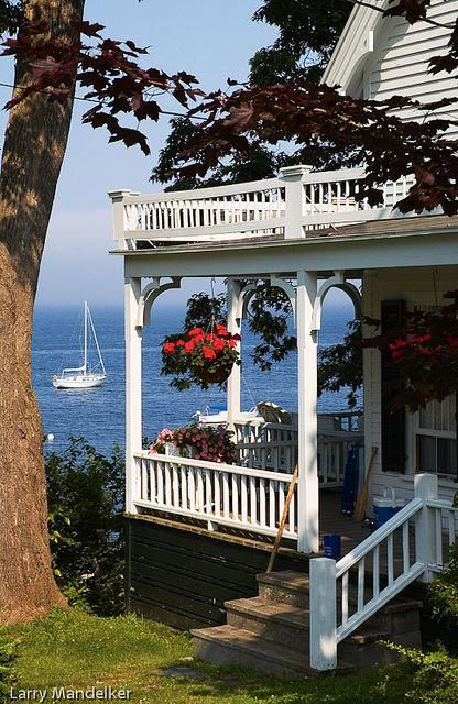 Tante S Fr Loves This Summer Home In Bayside Maine Beachcottagesporch Beach Cottage Style Beach Cottages Cottage Style