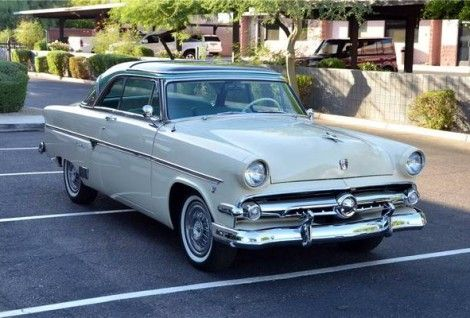 One Year Glass Top 1954 Ford Crestline Skyliner 1954 Ford Crestline Ford Classic Cars
