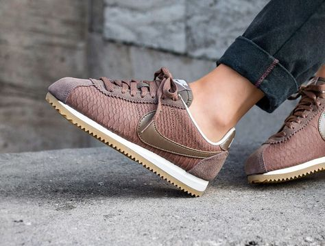 Nike Cortez Leather PRM 'Palomino Snake' en 2019 | Zapatos