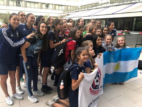 #TOCATour #TOCAmundial 🇫🇷 France 2019 Visitando a la #SeleccionArgentina  #VamosArgentina #VamosLasPibas   🔵🔴 #WeAreToca #TOCA #tocajuniors #PLAYsimple #soccer #Futbol #Football #youthsoccer #Potomac #womens #troupers #WorldCup #womensworldcup #France2019 #DareToShine #FIFAWWC