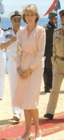 Princess Diana on Honeymoon in Egypt peach without shirt or hat