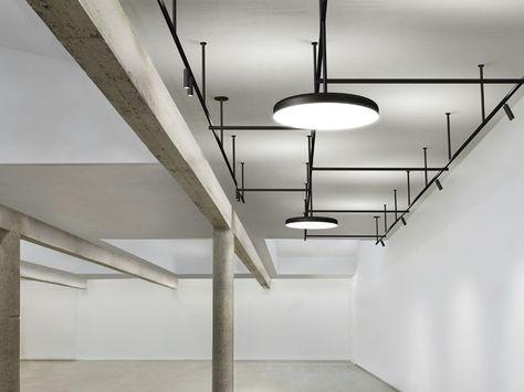 Plafoniera Flos : Illuminazione a binario in alluminio estruso infra structure by flos