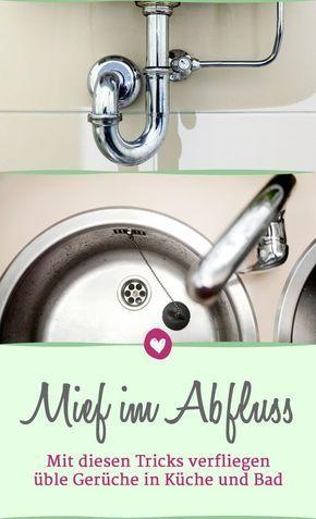 Abfluss Stinkt Uble Geruche Mit Hausmitteln Bekampfen Geruch Entfernen Abfluss Hausmittel