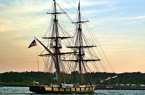 Battle of Lake Erie Bicentennial Celebration in Put-in-Bay, Ohio is one of the hottest summer festivals! August 29–September 10, 2013
