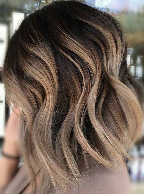 50 Hair Color Ideas For Short Hair Color Inspirations For 2019 With Hairstyle Hair Styles Short Hair Balayage Carmel Blonde Hair