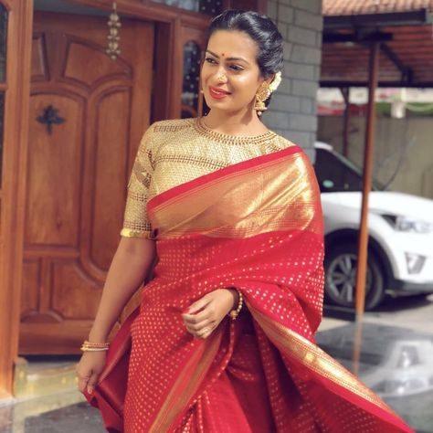 Soft silk sarees - buy the latest collection of soft silk sarees. Mysore soft silk sarees and Kanjivaram soft silk sarees.