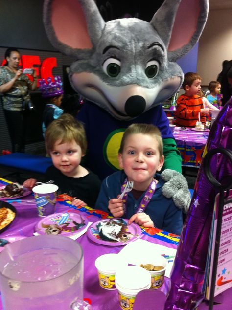 Great party Chuck E Cheese's!