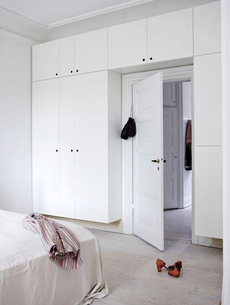IKEA Besta storage system that acts as an arch besta ikea - kleine küche tipps
