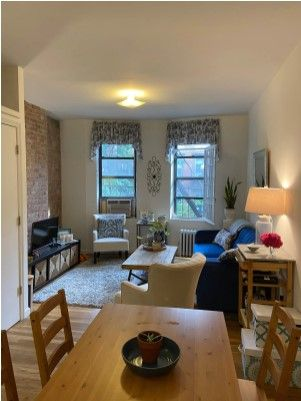 Charming Chelsea One Bedroom Apartments For Rent In New York New York United State New York Studio Apartment One Bedroom Apartment Apartments For Rent