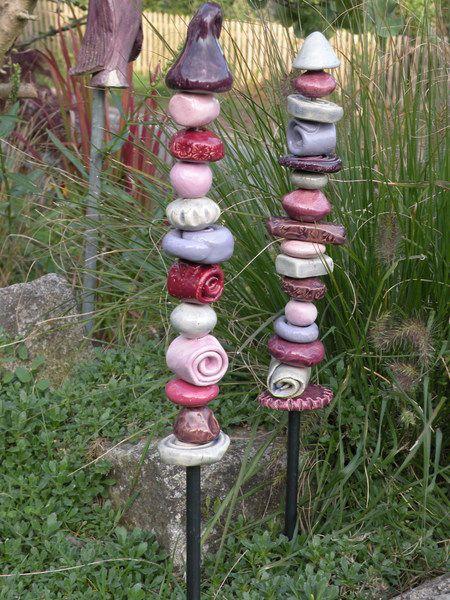 ausgefallener gartenstecker, stele aus keramik | totems, pottery,