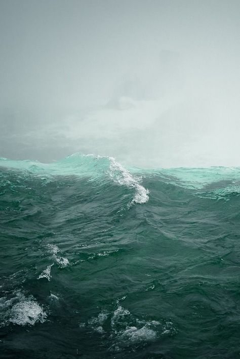 I just got some amazing pictures of the ocean, if this deserves a place on Pinterest, surety mine do.