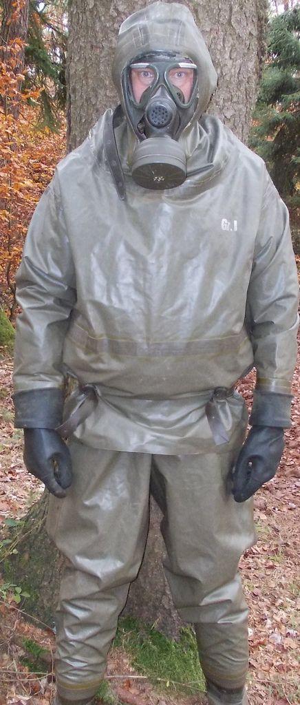 001 Schutzanzug Gummianzug Und Taucheranzug