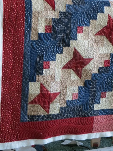 Libery Log Cabin quilted by Linette