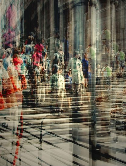 I love how Stephanie Jung captures the movement and tension of a city through her photography.