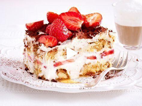 Erdbeer Tiramisu Das Einfache Grundrezept Italian Recipes Dessert Strawberry Tiramisu Dessert Recipes