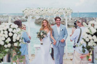 Destination Wedding in Mexico #RivieraMaya #blushandgraywedding #MEXPERT #WeddingPlanner #BeachWedding