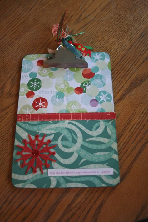 Organizing for Christmas~Project 1: Make A Fun Clipboard for Lists or Photos... - Echoes of Laughter