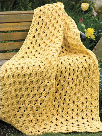 Pretty pattern for a basic blanket.