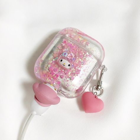 Makeuphall: The Internet`s best makeup, fashion and beauty pics are here. Cute Ipod Cases, Girly Phone Cases, Iphone Cases, Kawaii Phone Case, Nintendo Switch Accessories, Hello Kitty Items, Kawaii Room, Airpod Case, My Melody