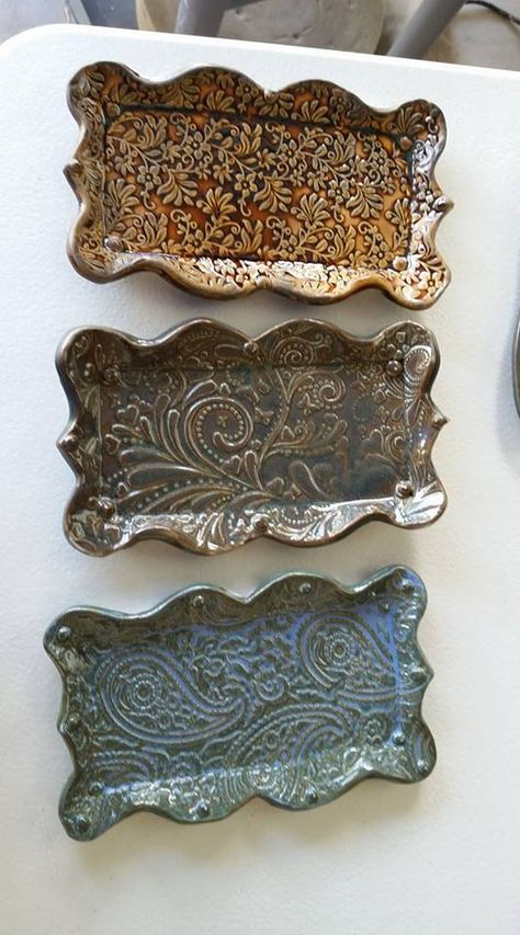 Excellent No Cost Slab Pottery templates Suggestions You can find Pottery and more on our website.Excellent No Cost Slab Pottery templates Suggestions Hand Built Pottery, Slab Pottery, Glazes For Pottery, Ceramic Pottery, Pottery Art, Ceramic Clay, Ceramic Plates, Pottery Designs, Pottery Ideas