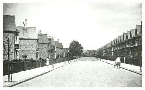 Bargery Road, Catford, Lewisham, c. 1910. The Forster Estate between Culverley and Newquay Roads, east of Bromley Road, was laid out between 1903 and 1914.