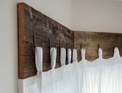 Farmhouse Window Treatments with Reclaimed Wood 17 DIY Farmhouse Decor Projects That Will Save You Time & MoneyDIY Rustic Farmhouse Decor Projects for Your Country Chic Cottage. House Design, Farmhouse Windows, Farm House Living Room, Farmhouse Decor, Farmhouse Diy, Farmhouse Window Treatments, House Window, Home Diy, Rustic House