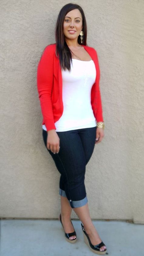 Casual Outfits For Women Over 40 Red and White                                                                                                                                                                                 Plus