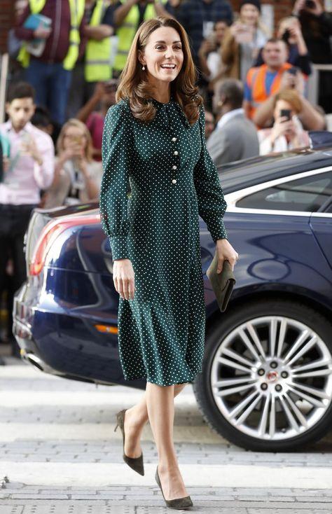 Catherine Middleton kate middleton visits evelina london children hospital in green dress