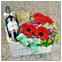 Malaysia online florist lkflorist is specialized in flowers for malaysia online florist wedding decoration based in kuala lumpur we offer fresh bouquets junglespirit Image collections