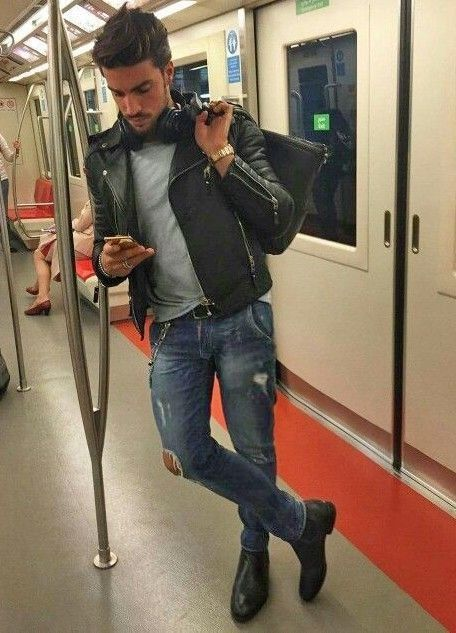 58 Best Winter Men Fashion with Urban Style - Jeans -