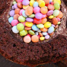 Pinata Kuchen Geburtstagkuchen Fur Kinder Pinata Kuchen Kuchen Kindergeburtstag