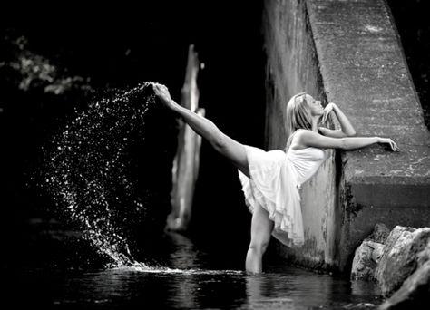 senior girl photo picture posing ideas #photography #dancer