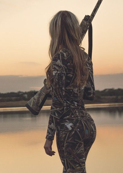 Naked girl duck hunting