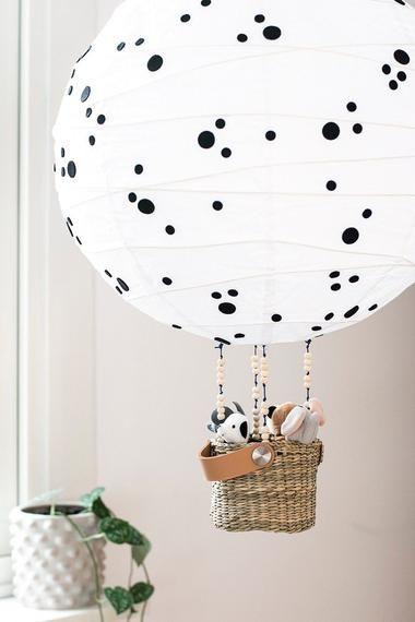 Ikea Hack Wie Aus Dieser 2 Euro Lampe Ein Kindertraum Wird Ikea Hacken Kinder Ballon Lampe Lampe Kinderzimmer