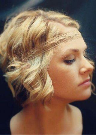 Einfache Und Niedliche Kurze Boho Frisuren Neue Besten Frisur Boho Frisuren Styling Kurzes Haar Hippie Frisur