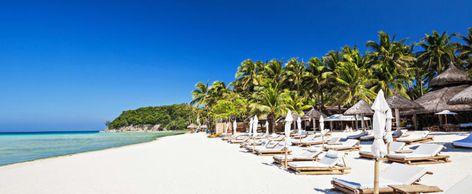 12 Best Travel Destinations for Singles