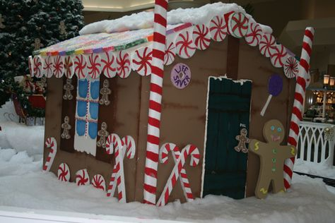 This lifesize foam Gingerbread house was built at Volusia Mall with Hot Wire Foam Factory tools by artist Jewel Leah. #FoamGingerBreadHouse #FoamChristmasDecor
